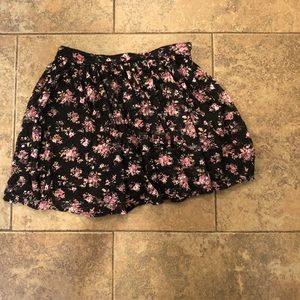 sweet skirt with black and flower pattern